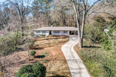 Roswell Single Family Home Under Contract: 268 Spring Dr #378