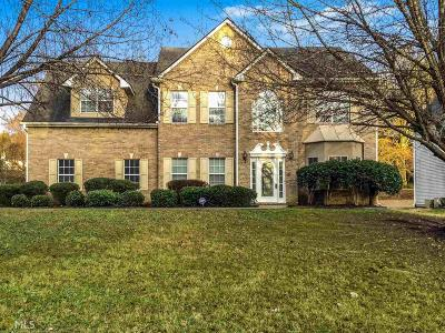 Lithonia Single Family Home Under Contract: 4965 W Saddle Ridge Dr