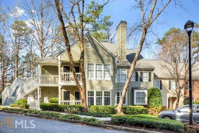 Sandy Springs Condo/Townhouse For Sale: 208 Bainbridge Dr