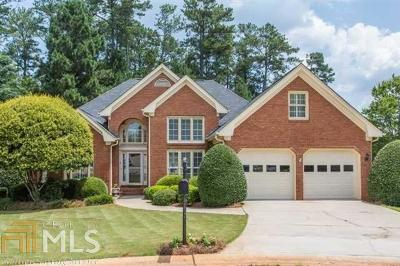 Single Family Home Sold: 3065 Somerset Dr