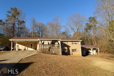 Douglasville Single Family Home New: 6136 Knights Ln