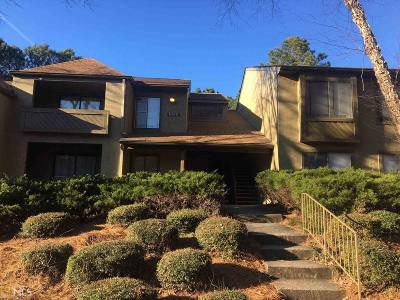 Norcross Condo/Townhouse Under Contract: 122 Seasons Pkwy