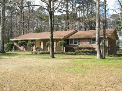 Gwinnett County Single Family Home For Sale: 3439 Oak Dr