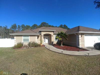 Woodbine Single Family Home For Sale: 143 Deerwood Village Dr
