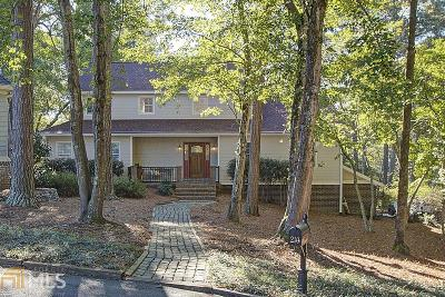 Roswell Single Family Home Under Contract: 210 Boxelder Ln