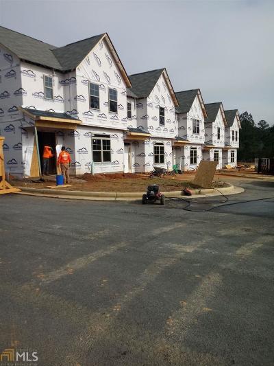 Covington Condo/Townhouse For Sale: 7776 Fawn Cir