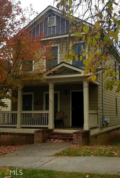 Atlanta Single Family Home New: 697 SW Cooper St