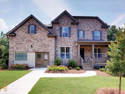 Single Family Home New: 707 Red Wolf Run