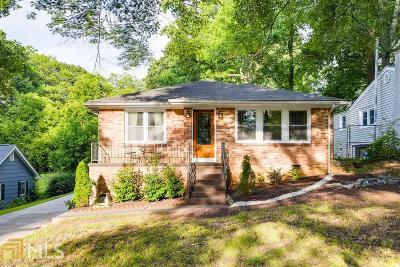 Hapeville Single Family Home For Sale: 3220 Forrest Hills Dr