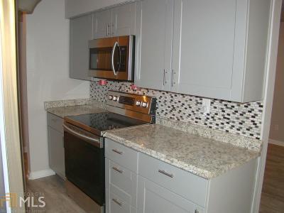 Marietta Condo/Townhouse Under Contract: 3882 Mulkey Cir