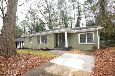 Single Family Home New: 2199 Lilac Lane