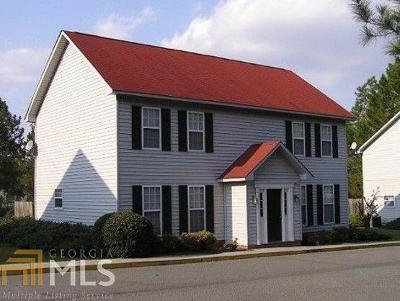 Statesboro Multi Family Home For Sale: 3697 E Highway 24 #115A &am