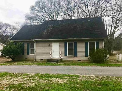 Griffin Single Family Home For Sale: 217 Carver