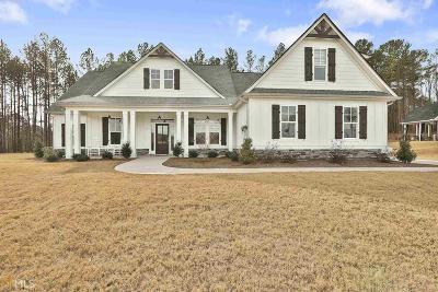 Senoia Single Family Home For Sale: 70 Streamside Dr