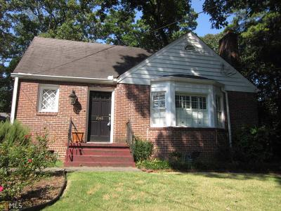 Collier Hills Single Family Home Under Contract: 2048 Cottage Ln