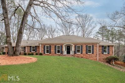 Sandy Springs Single Family Home Contingent With Kickout: 8010 Innsbruck Dr