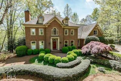 Roswell, Sandy Springs Single Family Home For Sale: 8185 Landing S