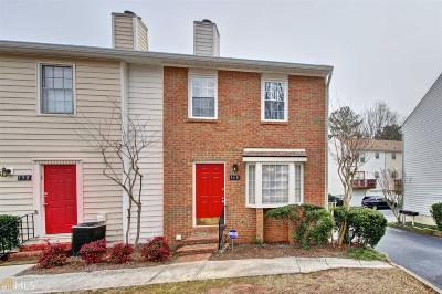 Roswell Condo/Townhouse For Sale: 148 Holcomb Ferry Rd