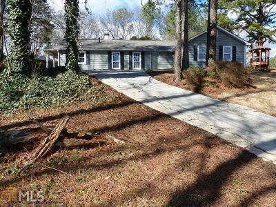 Stone Mountain Single Family Home Under Contract: 633 Tarkington Ct