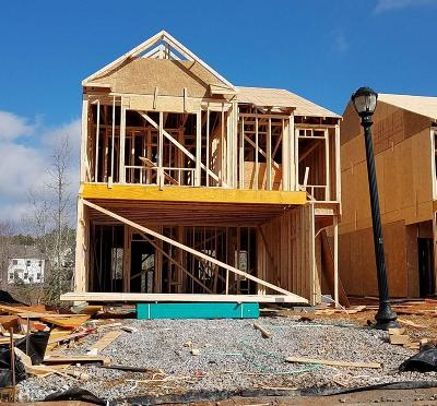 Newnan Single Family Home Under Contract: 102 Newnan Lakes Dr #3035