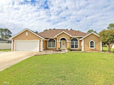 Woodbine Single Family Home For Sale: 348 Deerwood Village Dr