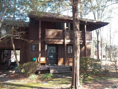 Peachtree City Condo/Townhouse For Sale: 2 Fairway Ln