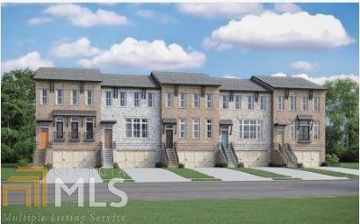Decatur Condo/Townhouse For Sale: 700 Avondale Hills Dr #T14
