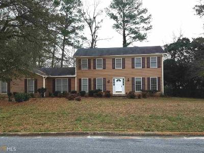 Conyers Single Family Home For Sale: 2866 Country Club Ct