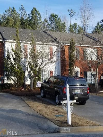 Lithonia Condo/Townhouse For Sale: 2312 Strathmoor Manor Dr #1