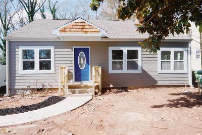 Mozley Park Single Family Home For Sale: 175 SW Mathewson Pl