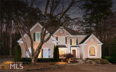 Alpharetta Single Family Home For Sale: 185 Fernly Park Dr