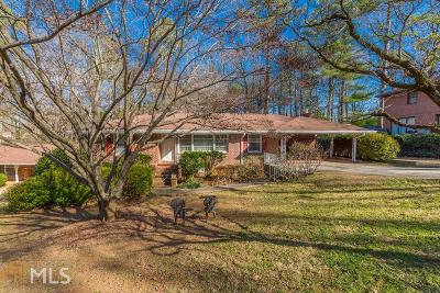 Hapeville Single Family Home Under Contract: 3332 Forrest Hills Dr