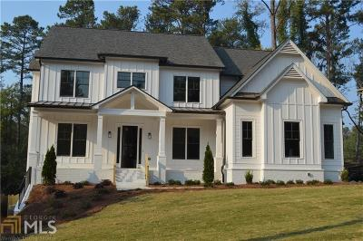 Norcross Single Family Home For Sale: 702 Sunset Dr