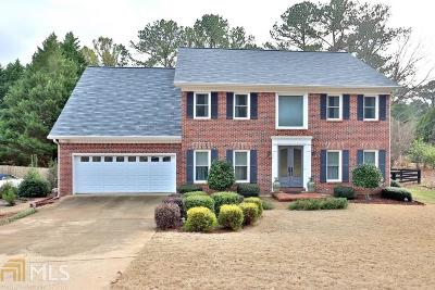 Johns Creek Single Family Home For Sale: 105 Chessington Dr