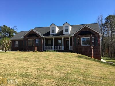 Buford Single Family Home New: 4625 Spout Springs Rd