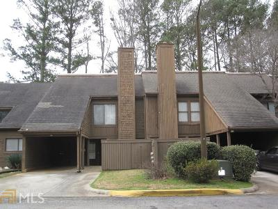 Lithonia Condo/Townhouse Under Contract: 86 Willowick Dr