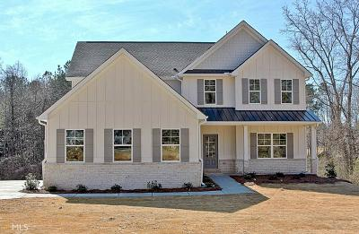 Fayetteville Single Family Home For Sale: 998 Sandy Creek Rd