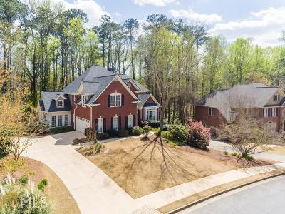 Roswell Single Family Home New: 330 Wilde Green Drive