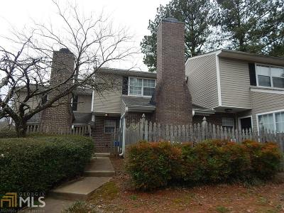 Marietta Condo/Townhouse Under Contract: 541 Picketts Bend Cir