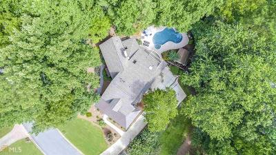 Atlanta Single Family Home New: 990 Riverside Trc