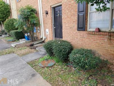 Smyrna Condo/Townhouse Under Contract: 1056 Westfield Trce