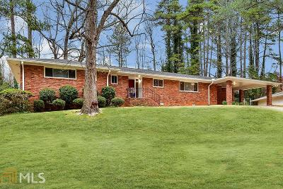 Atlanta Single Family Home Under Contract: 1728 N Holly Ln