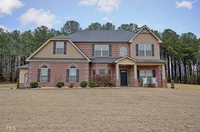 Fayetteville Single Family Home For Sale: 145 Ravens Lndg