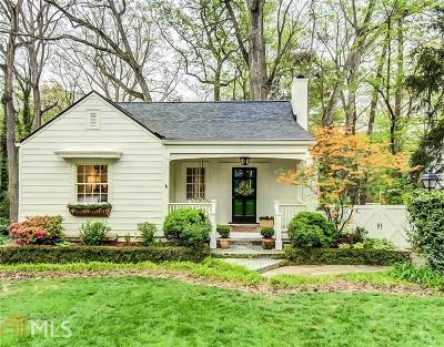 Collier Hills Single Family Home For Sale: 2067 Cottage Ln