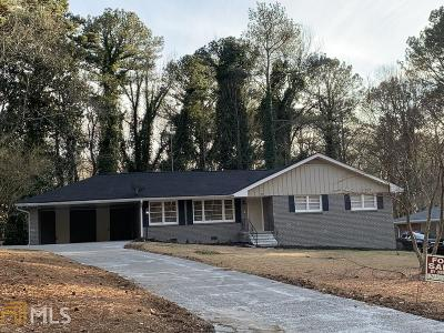 East Point Single Family Home Under Contract: 2952 Arrowood Dr
