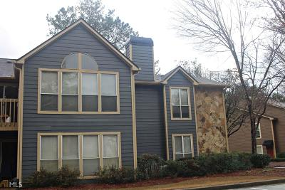 Roswell Condo/Townhouse Under Contract: 1105 Canyon Point Cir