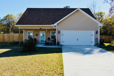 Single Family Home For Sale: 246 Hide Away Lake Dr