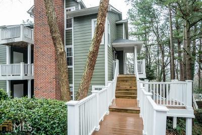 Marietta, Smyrna Condo/Townhouse For Sale: 2074 River Heights Walk