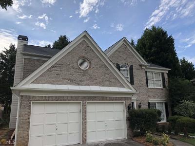 Duluth Single Family Home For Sale: 2354 Lake Villas Ln