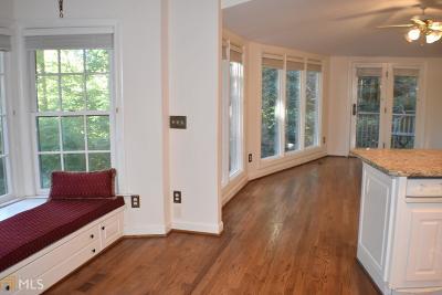 Atlanta Single Family Home For Sale: 19 Saratoga Pl